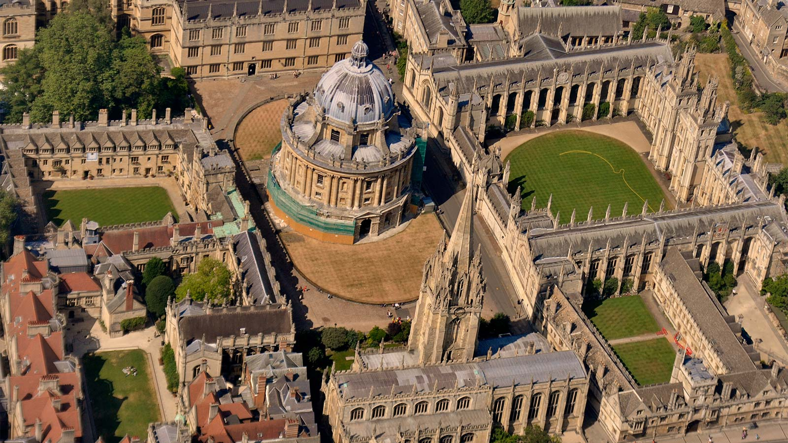 View from air of Radcliffe Camera and surrounding colleges